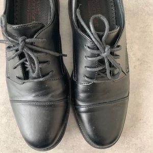 Dexters Men Dress Shoes Size 6 1/2 EUC